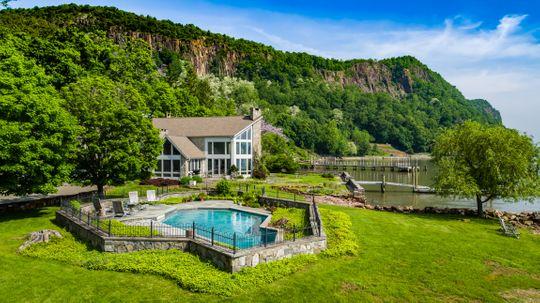Real Estate Upper Nyack