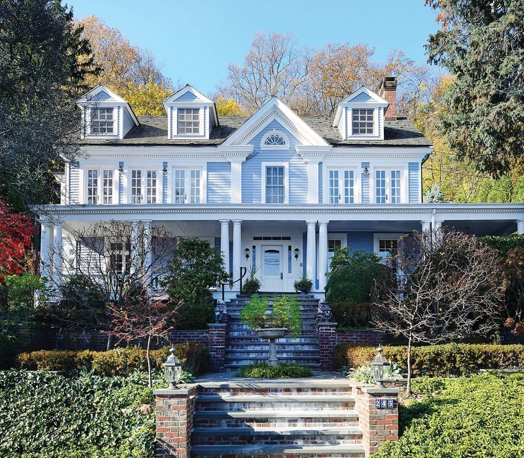 Greek revival style home for sale located in Grandview, New York