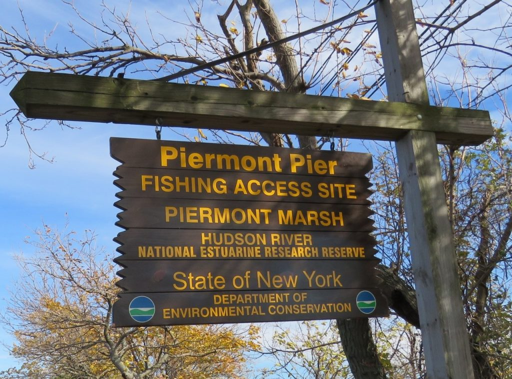 Sign at Piermont Pier that reads fishing access site