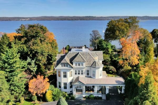 Victorian home in Nyack, New York