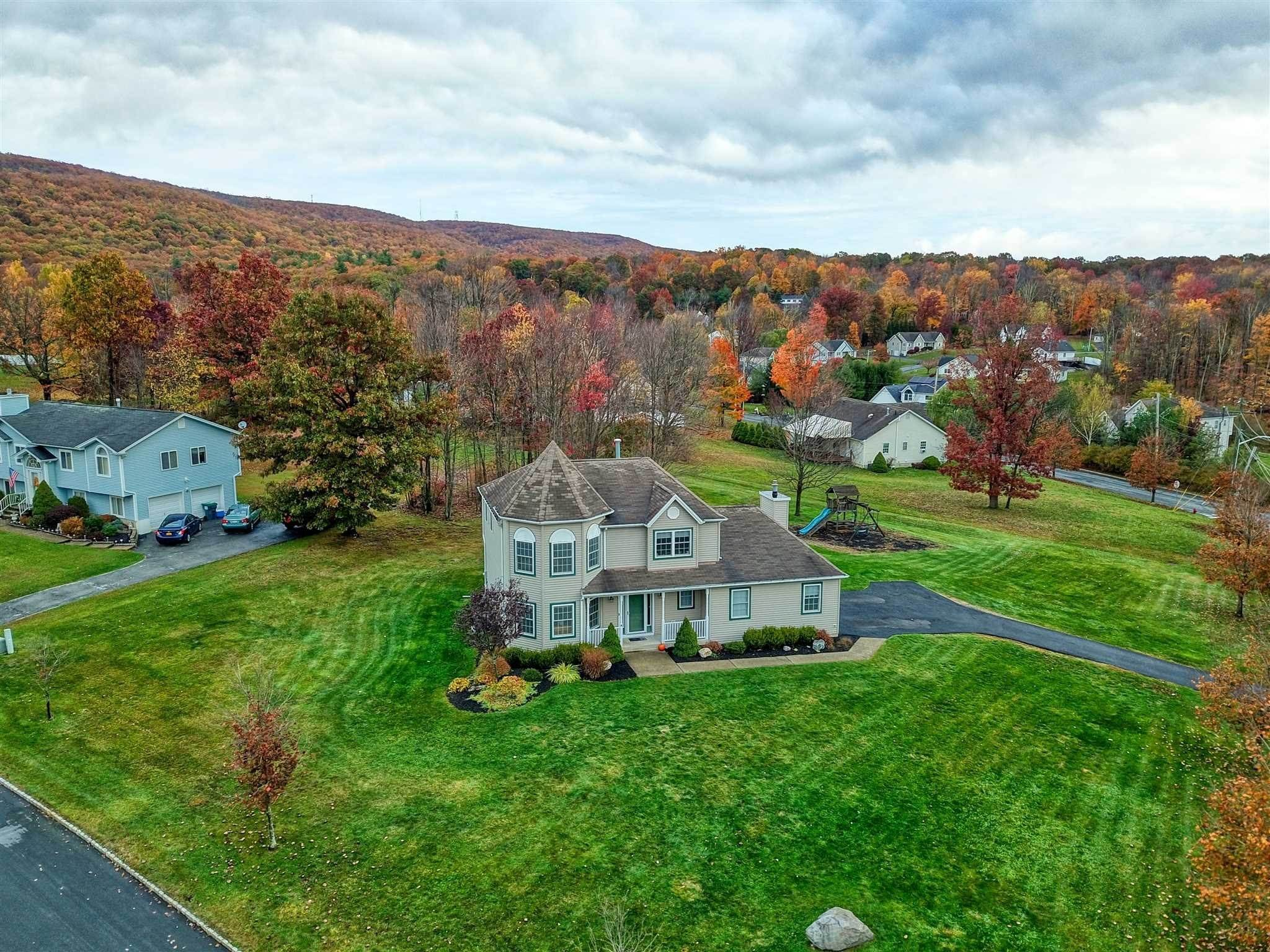 Single Family Homes for Sale at 2 SEQUOIA TRAIL Highland Mills, New York 10930 United States