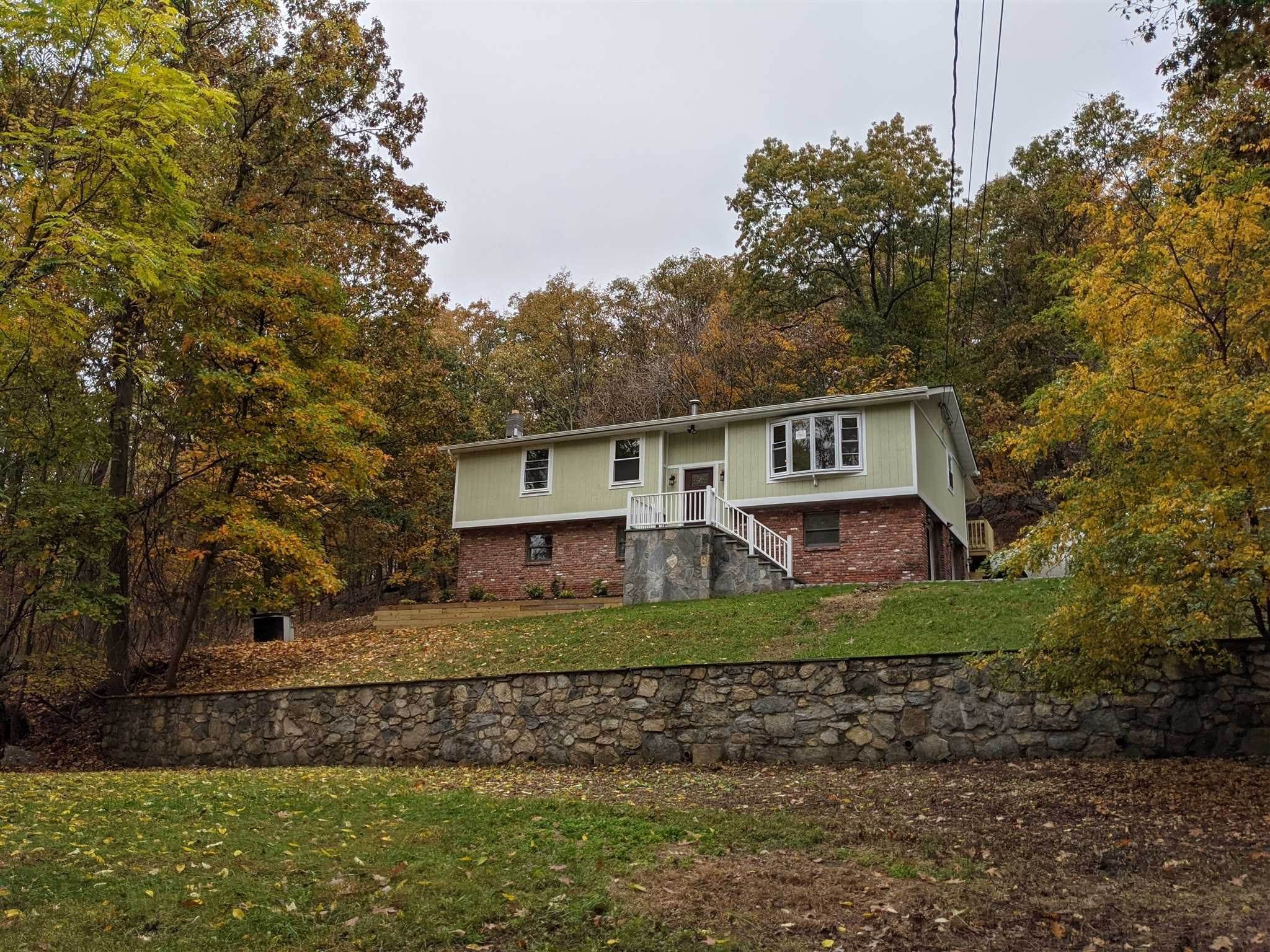 Single Family Homes for Sale at 15 MOUNTAIN Drive Philipstown, New York 10524 United States