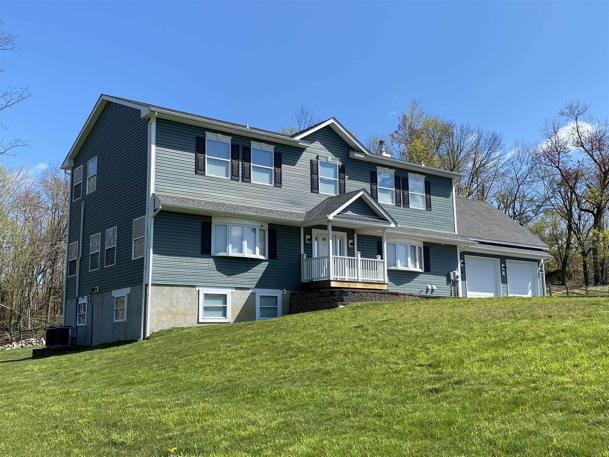 Single Family Homes for Sale at 225 BEDFORD LANE Fishkill, New York 12524 United States