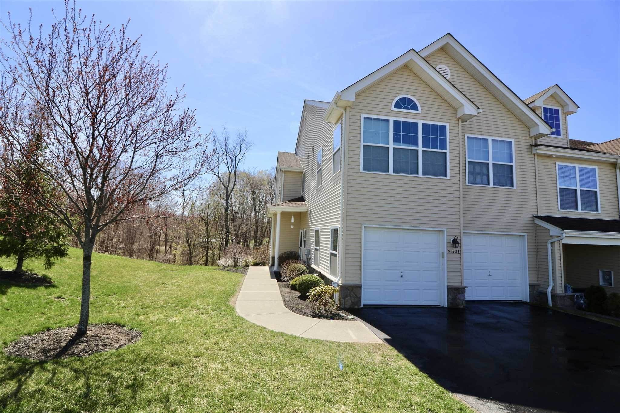 townhouses for Sale at Fishkill, New York United States