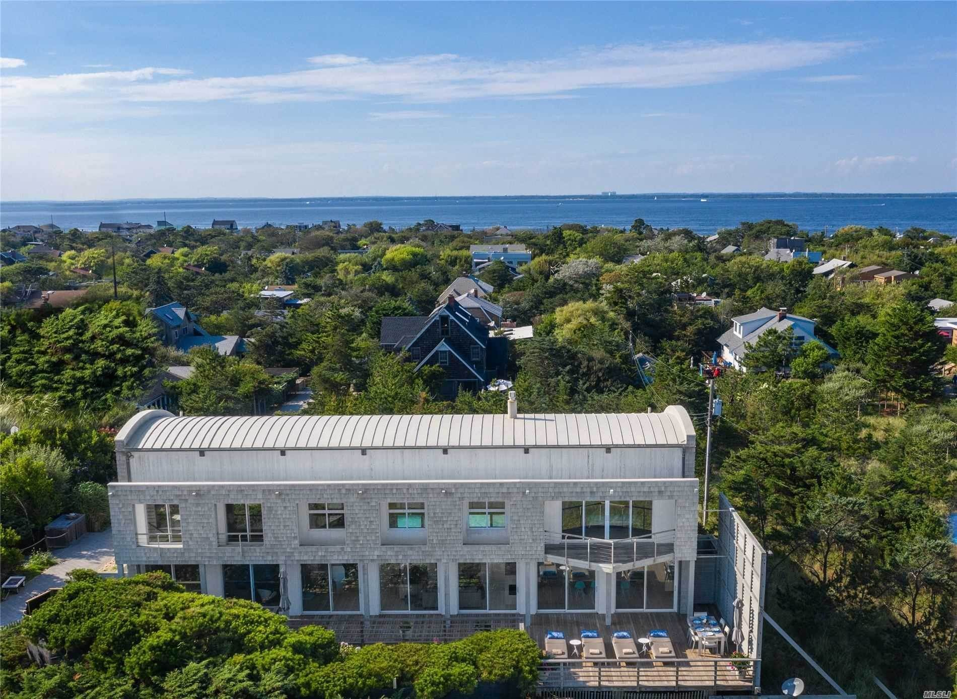 Residential for Sale at 58 Crescent Avenue Seaview, New York 11770 United States