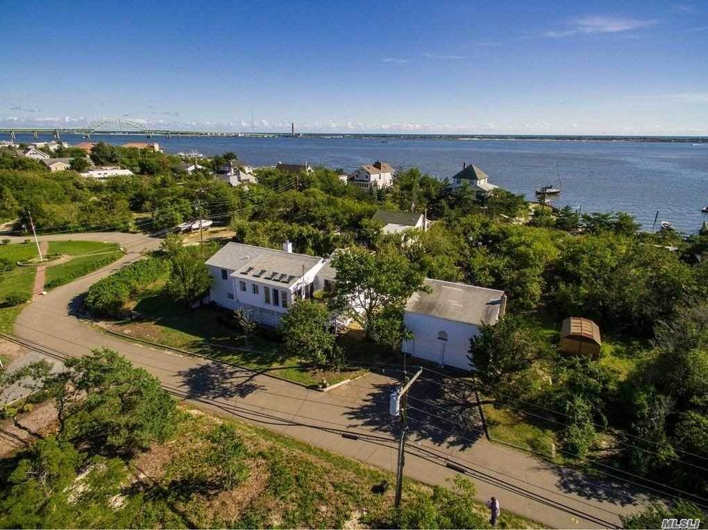 Residential for Sale at 57 Larboard Court Oak Beach, New York 11702 United States