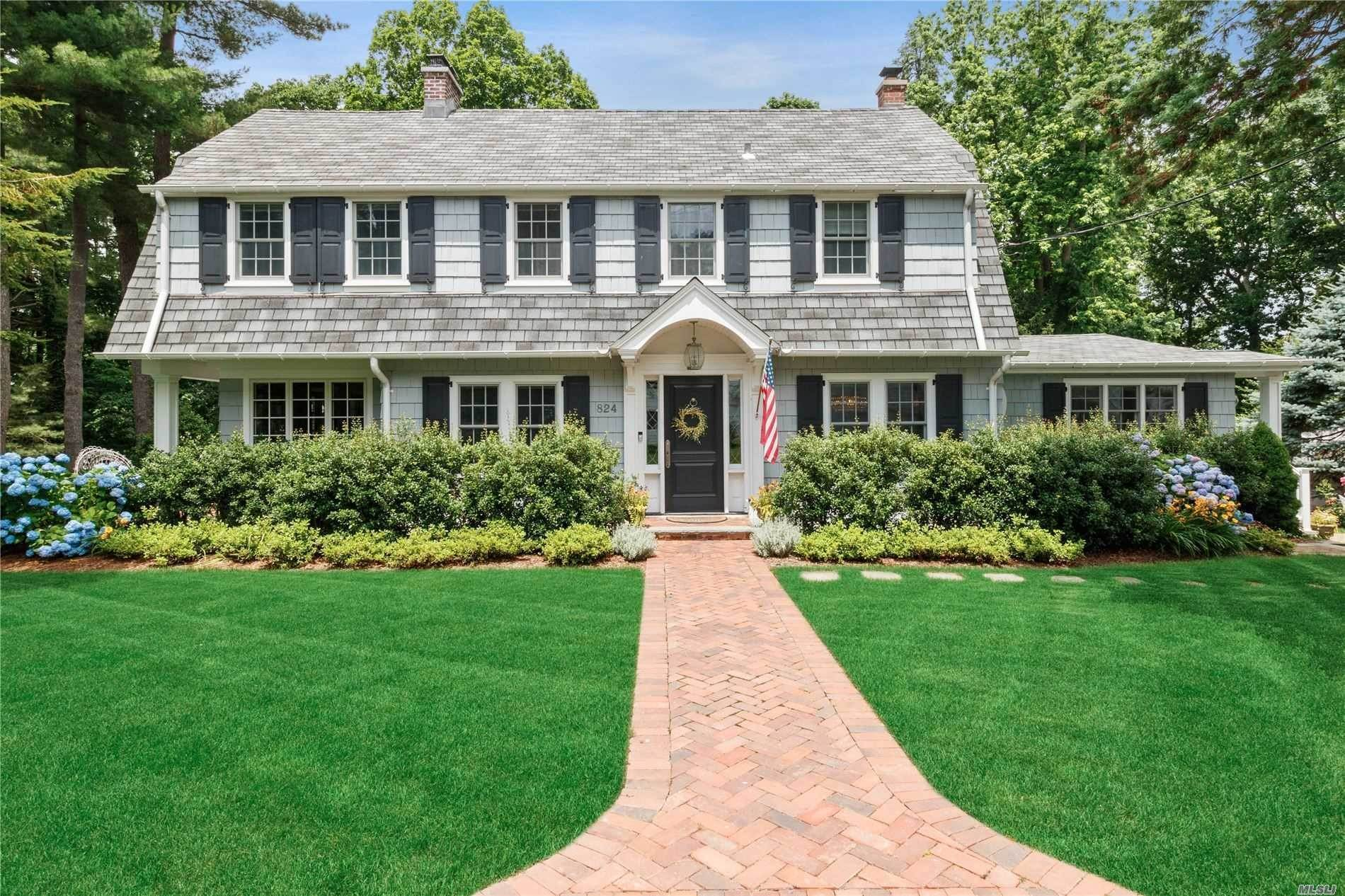Residential for Sale at 824 Hilltop Road Oyster Bay, New York 11771 United States