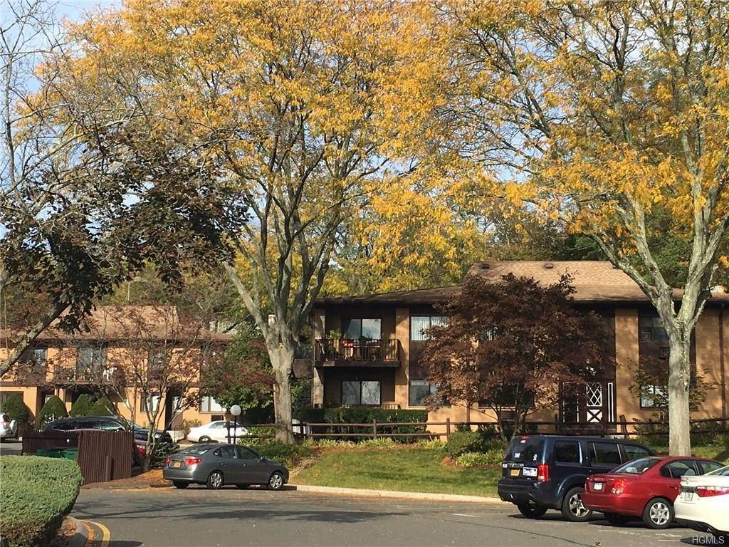 Condominiums at 2 W Lawrence Park Drive # 17, Orangetown, NY 10968 Orangetown, New York 10968 United States