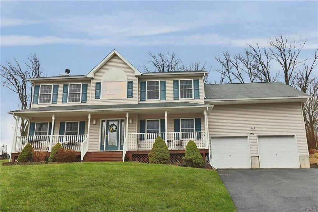 Single Family Homes at 25 Old Hemlock Drive, New Windsor, NY 12553 New Windsor, New York 12553 United States