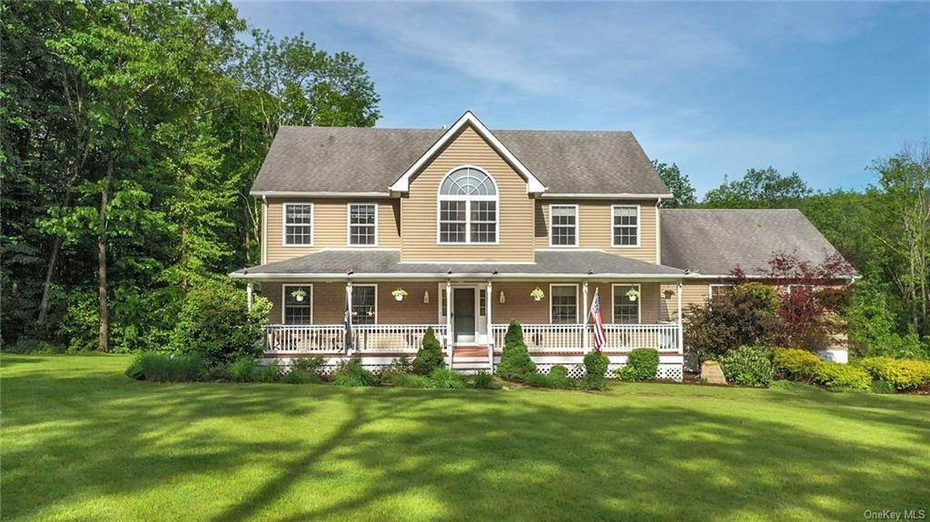 Residential for Sale at 185 Penaluna Road, Warwick, NY 10950 Warwick, New York 10950 United States