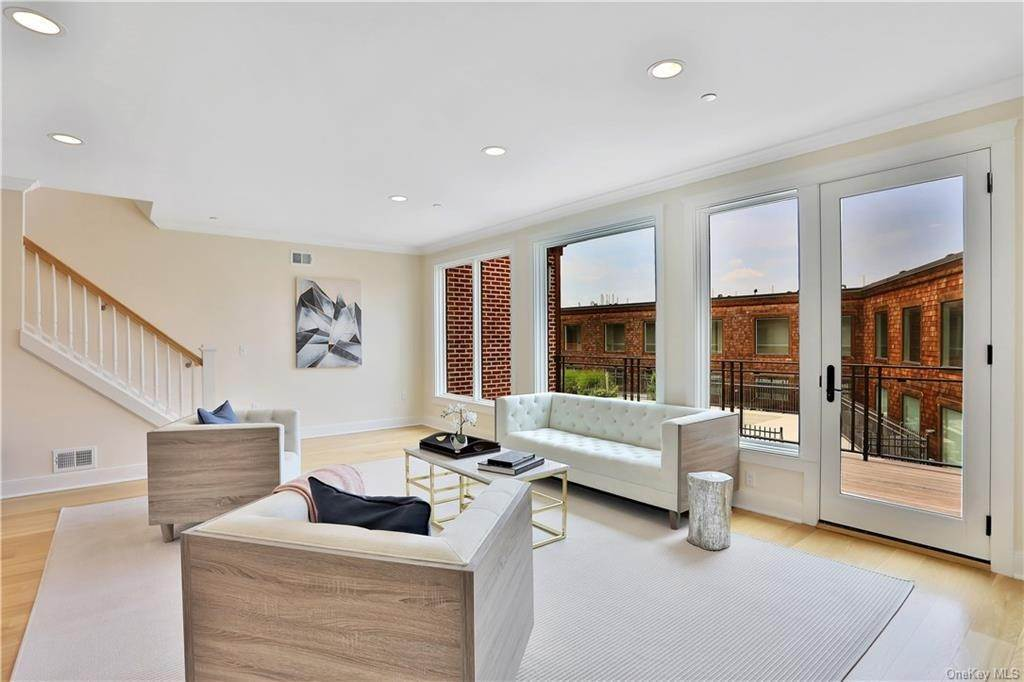 Residential for Sale at 45 Hudson View Way # 310 Tarrytown, New York 10591 United States