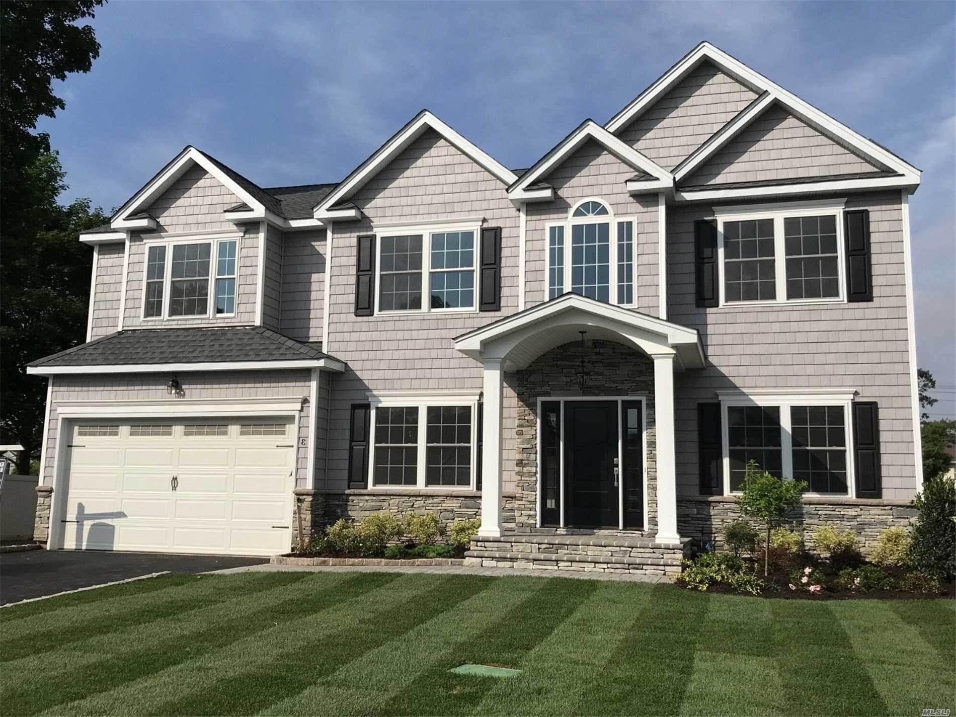 Residential for Sale at 21 Gilbert Lane, Plainview, NY 11803 Plainview, New York 11803 United States