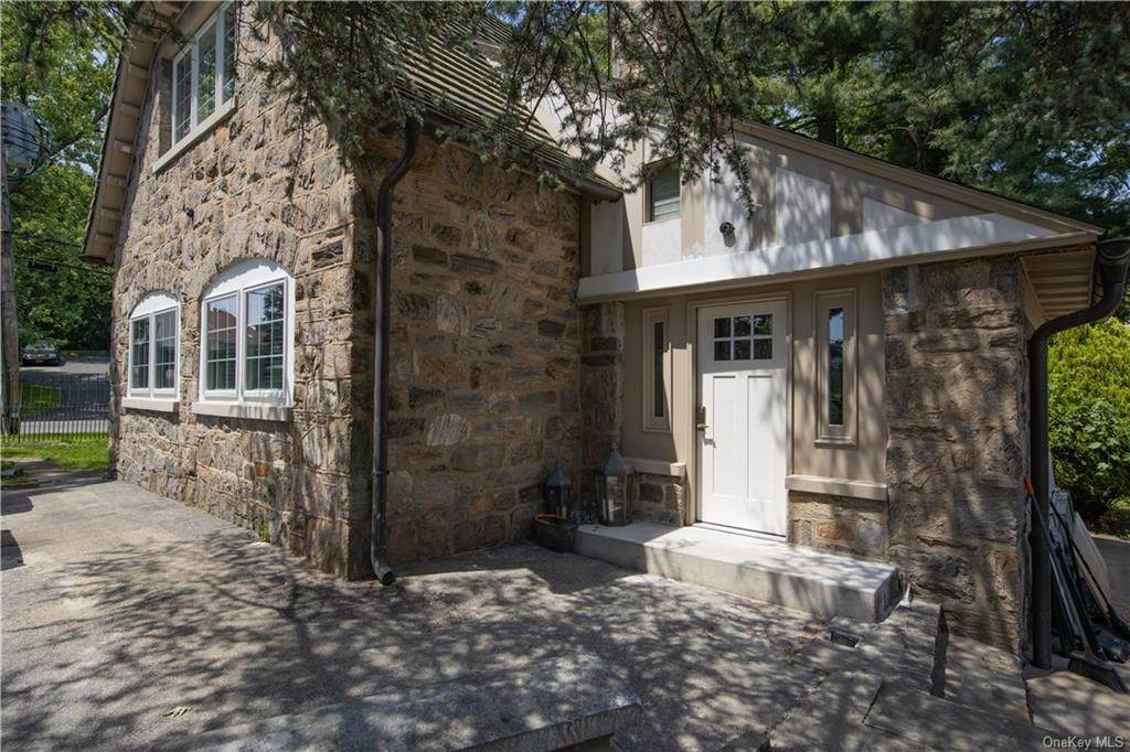 Residential Lease الساعة 100 COTTAGE Rockledge Road, Yonkers, NY 10708 Bronxville, New York 10708 United States