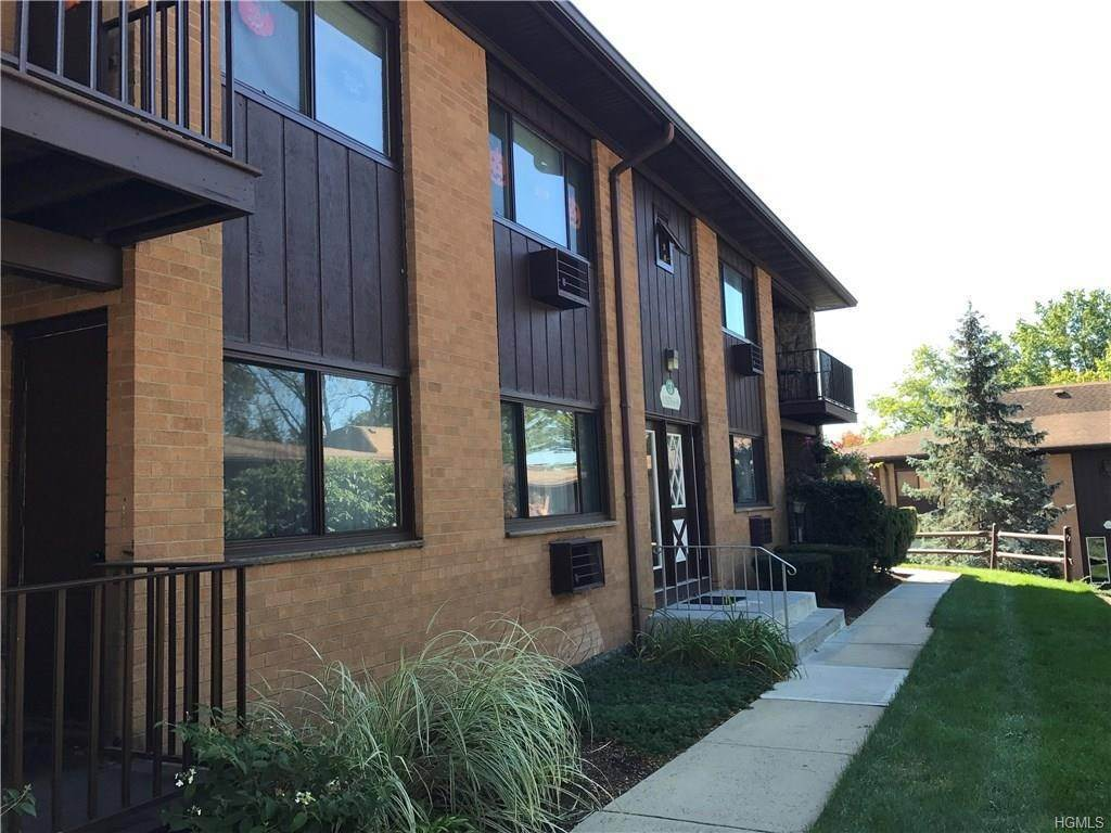 Residential Lease at 3 W Lawrence Park Drive # 6, Orangetown, NY 10968 Orangetown, New York 10968 United States