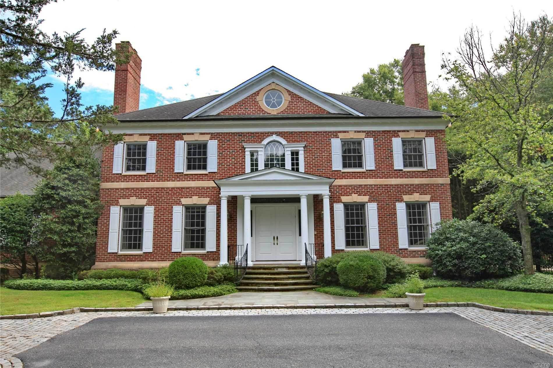 Residential for Sale at 20 Vista Drive Laurel Hollow, New York 11791 United States