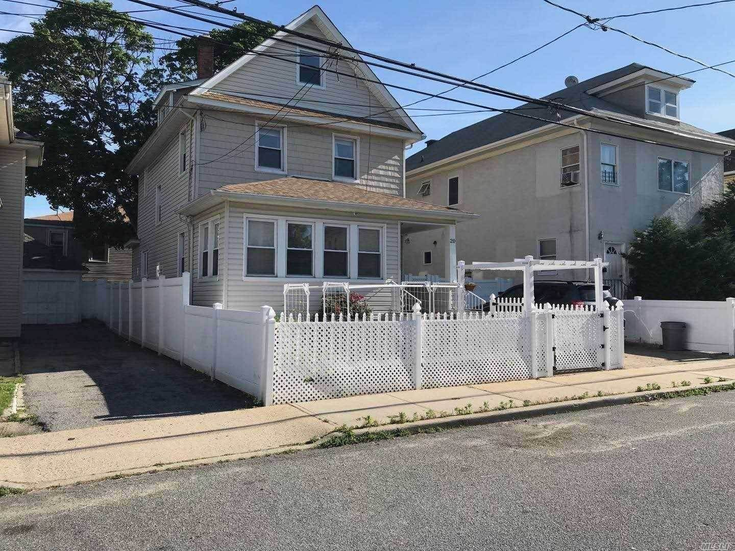 Residential for Sale at 20 Loretta Street, Inwood, NY 11096 Inwood, New York 11096 United States