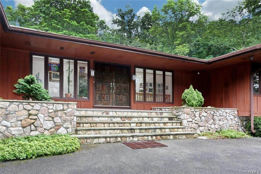 Residential Lease الساعة 28 Scenic Drive, Ramapo, NY 10901 Suffern, New York 10901 United States