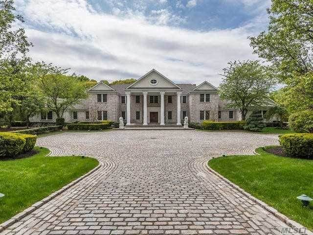 Residential for Sale at 14 Danton Lane Lattingtown, New York 11560 United States