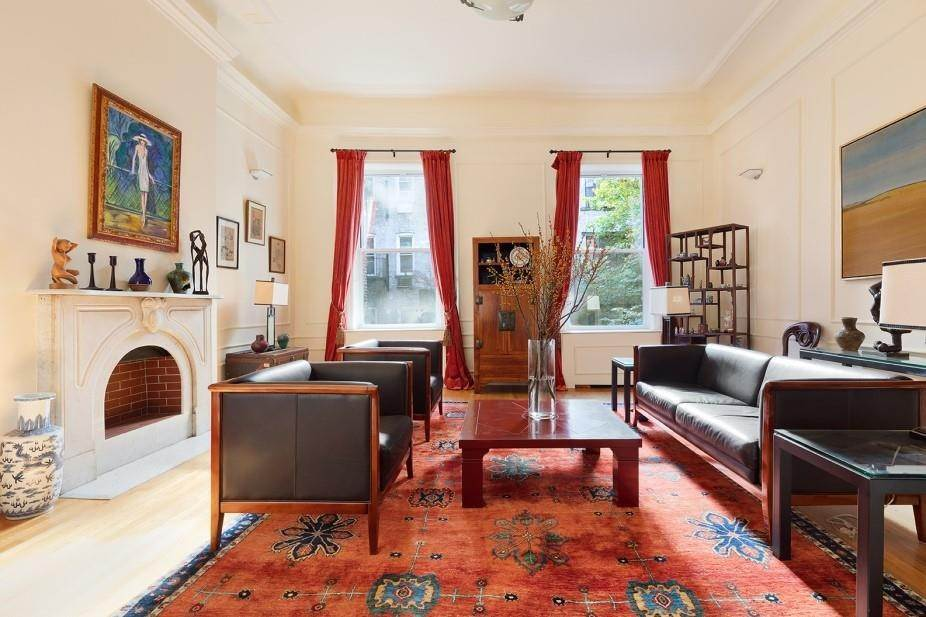Residential for Sale at 40 Gramercy Park N, New York, NY 10010 New York, New York 10010 United States