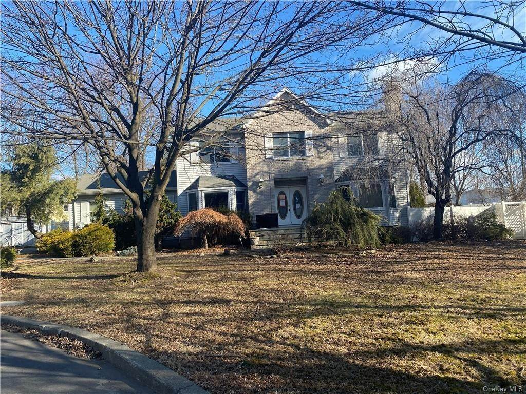 Residential for Sale at 3 Dr Marquise Drive Thiells, New York 10984 United States