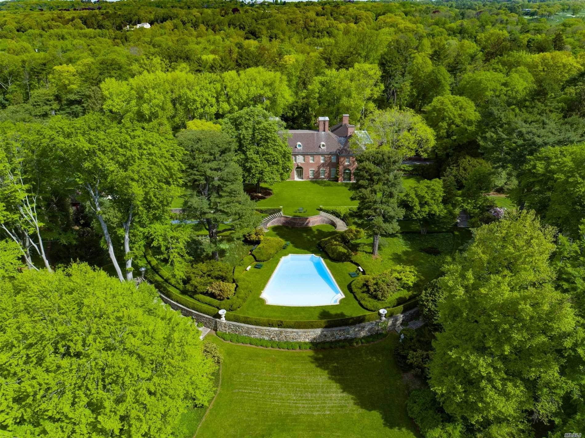 11. Residential for Sale at 75 Post Road Old Westbury, New York 11568 United States
