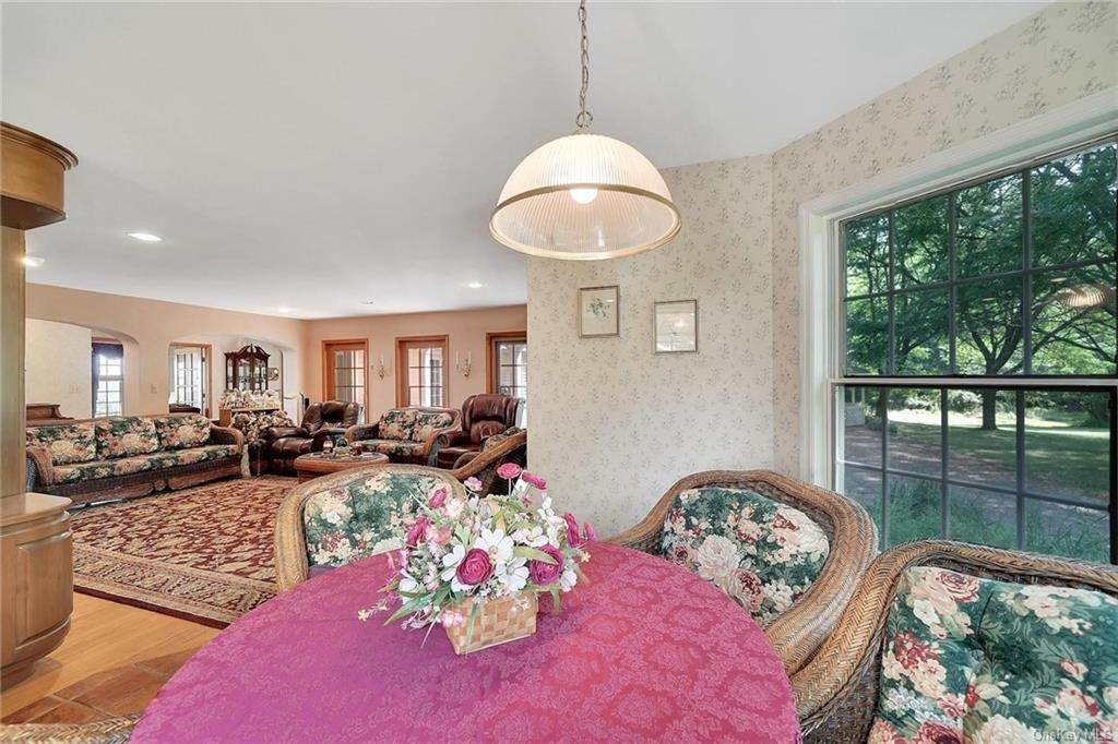 14. Residential for Sale at 3 Lake View Drive, Goshen, NY 10924 Goshen, New York 10924 United States