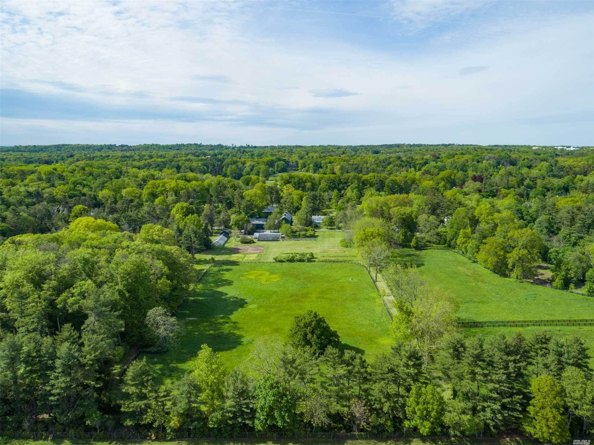 20. Residential for Sale at 75 Post Road Old Westbury, New York 11568 United States
