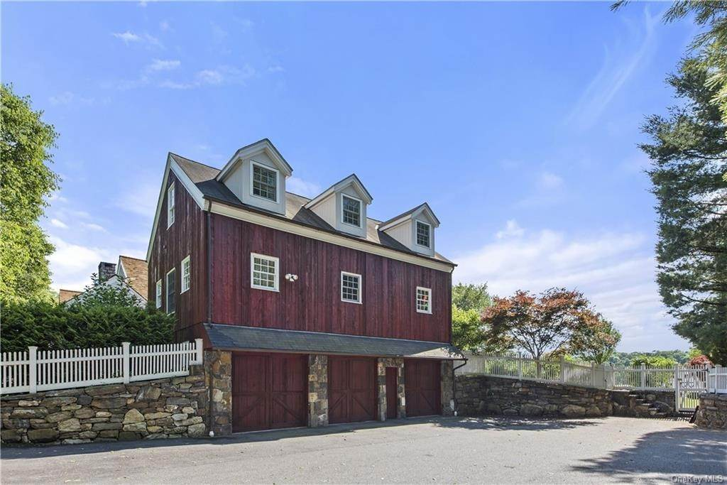 29. Residential for Sale at 69 Round Hill Road Armonk, New York 10504 United States