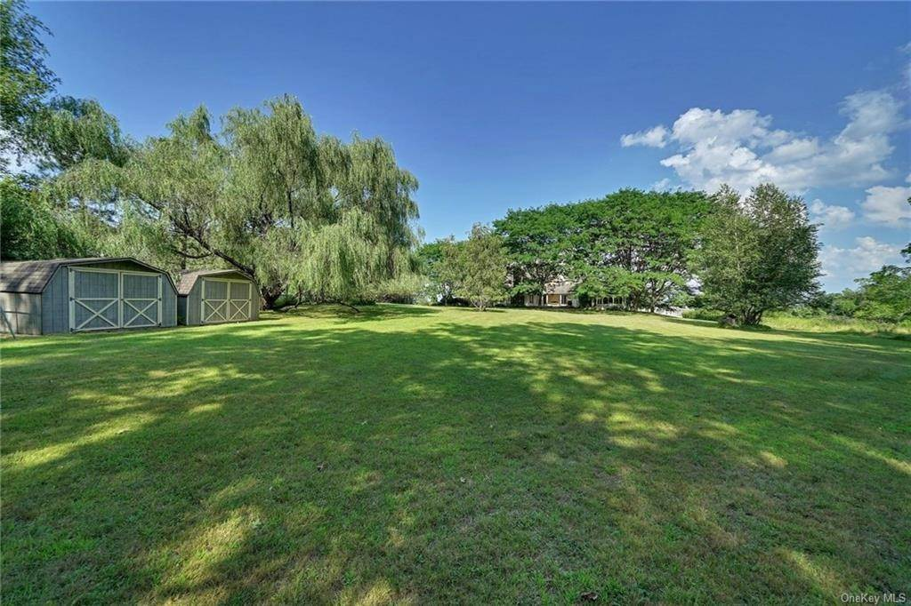 32. Residential for Sale at 3 Lake View Drive, Goshen, NY 10924 Goshen, New York 10924 United States