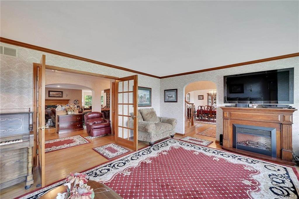 5. Residential for Sale at 3 Lake View Drive, Goshen, NY 10924 Goshen, New York 10924 United States