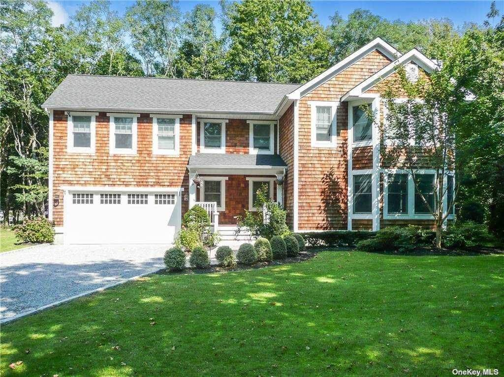 Residential for Sale at 5 Livingston Road Bellport, New York 11713 United States