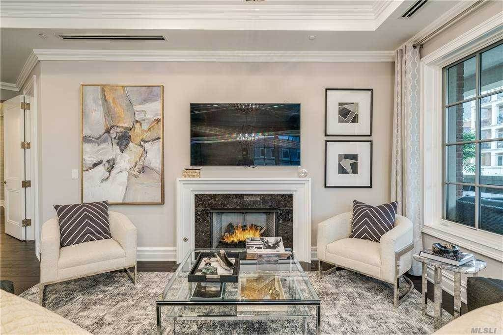Residential for Sale at 3000 Royal Court # 3107, North Hills, NY 11040 North Hills, New York 11040 United States
