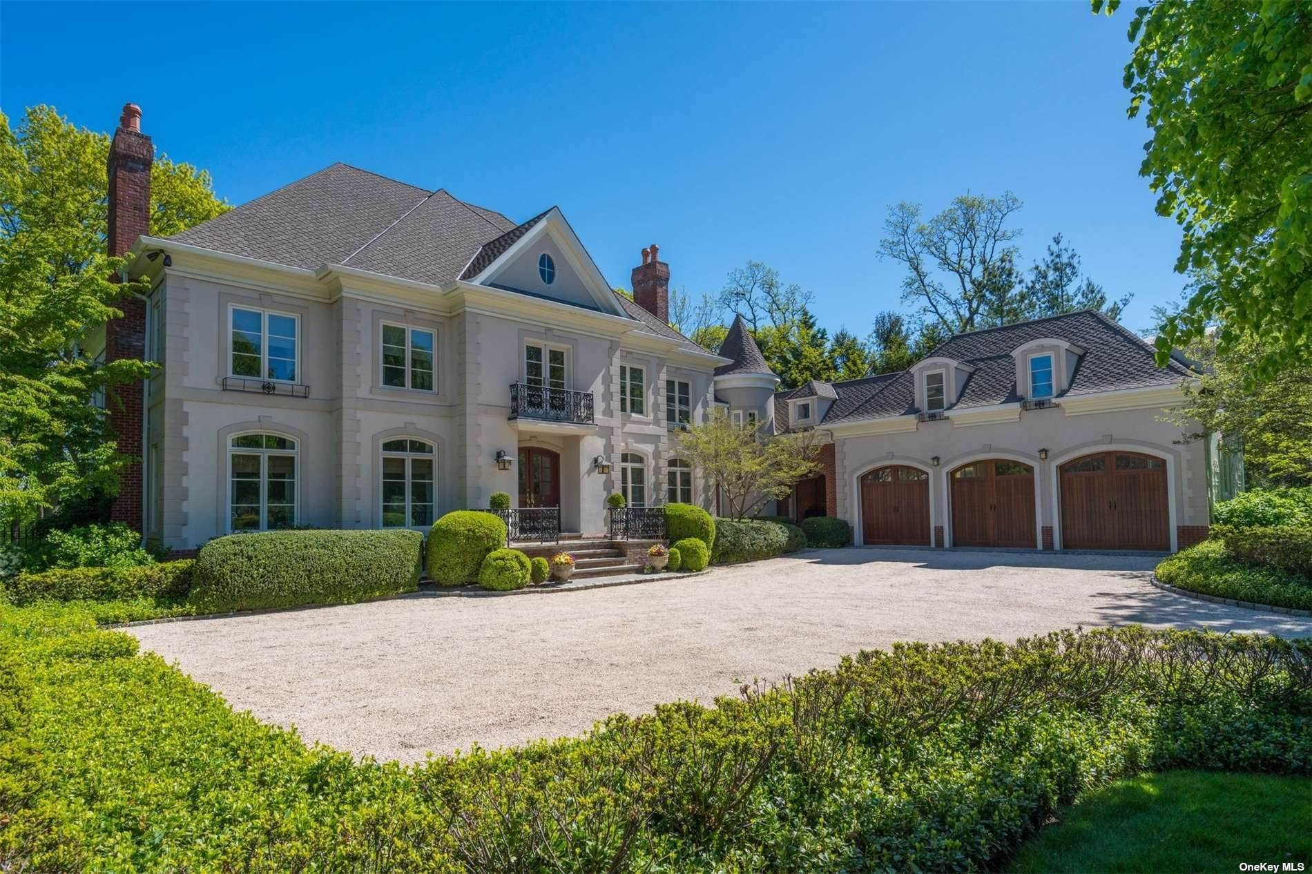 Residential for Sale at 22 Fox Meadow Lane Lloyd Harbor, New York 11743 United States