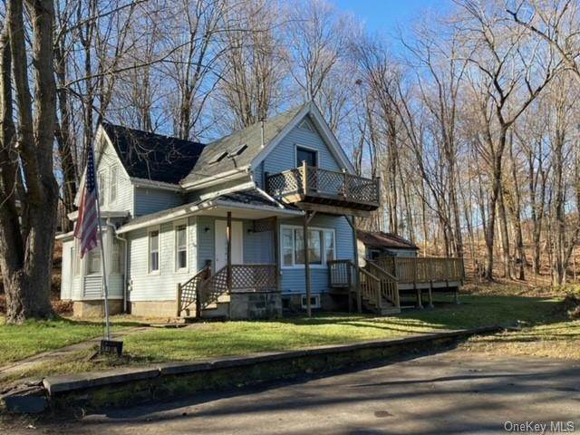 Residential Income for Sale at 186 2nd Street Port Ewen, New York 12466 United States