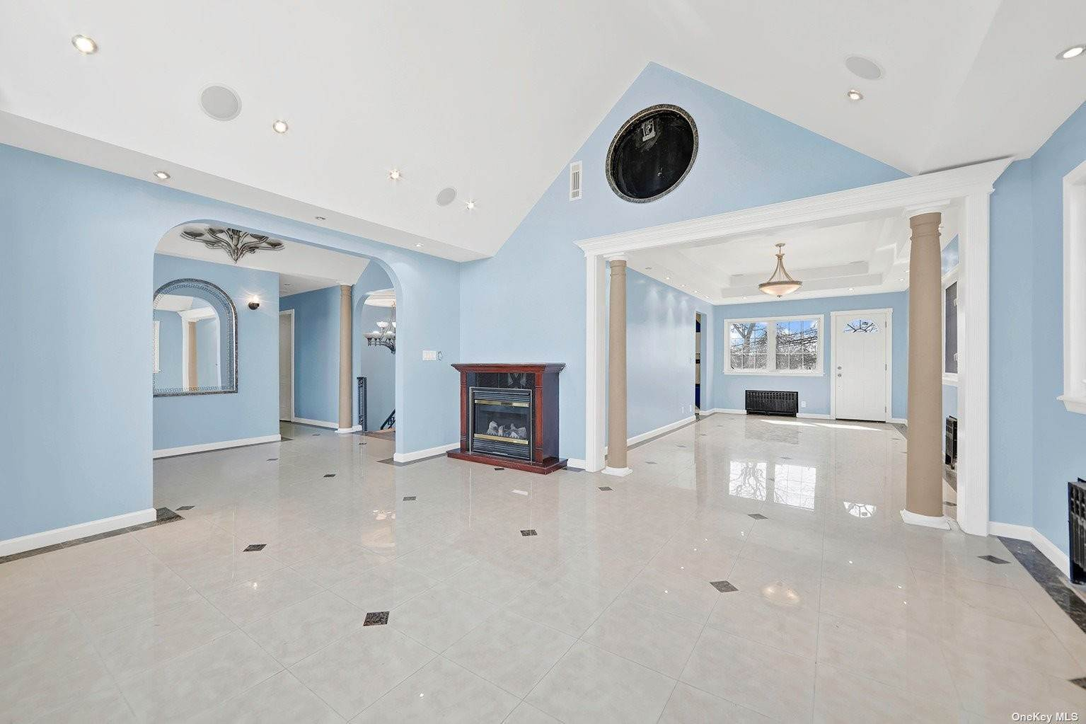 Residential for Sale at 839 Cliffside Avenue North Woodmere, New York 11581 United States