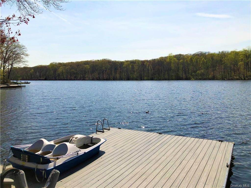 Residential Lease at 11 Kirk Lake Drive Mahopac, New York 10541 United States