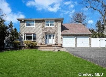 Residential for Sale at 37 Frankie Lane Old Bethpage, New York 11804 United States