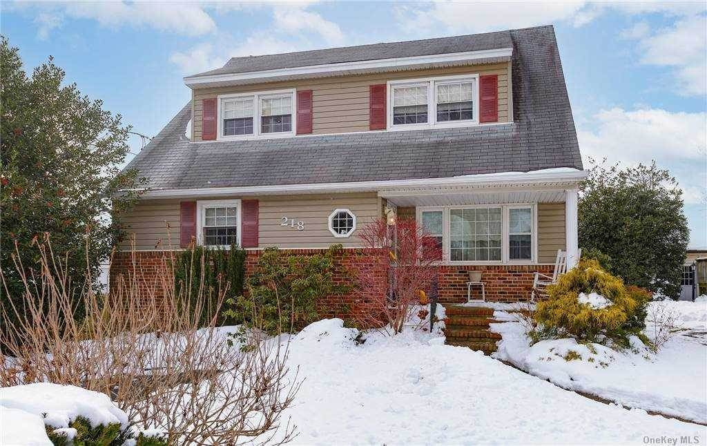 Residential for Sale at 218 Carle Road, Carle Place, NY 11514 Carle Place, New York 11514 United States