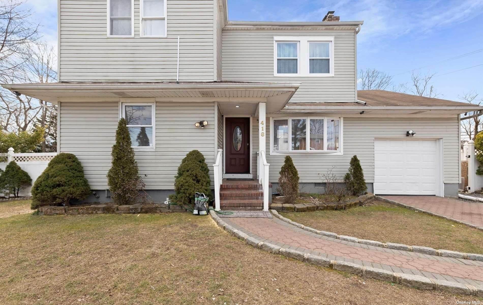 Residential for Sale at 418 Windmill Avenue, W. Babylon, NY 11704 West Babylon, New York 11704 United States