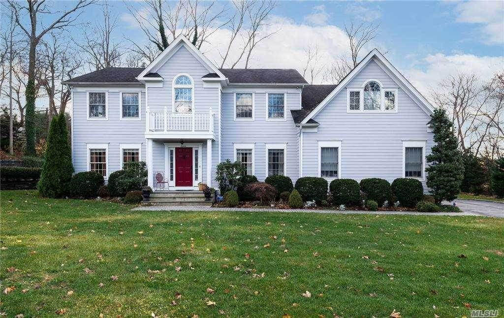 Residential for Sale at 7 Woods Lane Bayville, New York 11709 United States