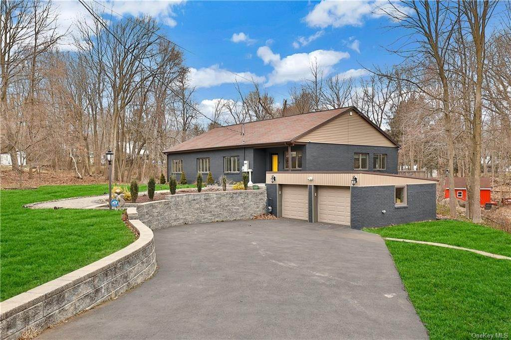 Residential for Sale at 201 Bardonia Road Bardonia, New York 10954 United States