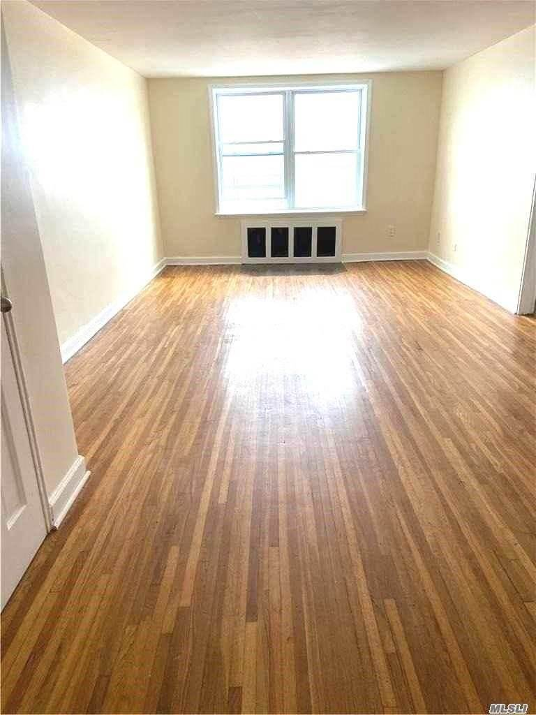 Residential Lease at 131 B119 Street # 5E, Rockaway Park, NY 11694 Rockaway Park, New York 11694 United States
