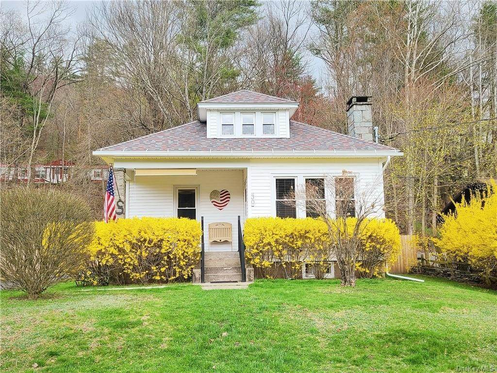 Residential for Sale at 30 Horton Avenue Callicoon, New York 12723 United States