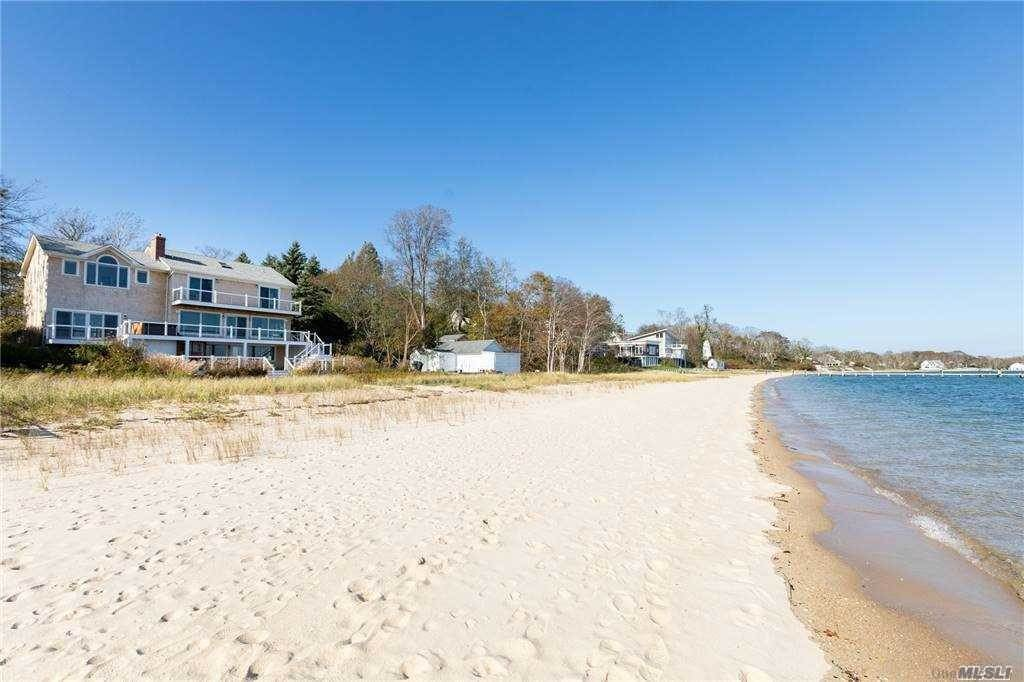 Residential for Sale at 725 Terry Lane Southold, New York 11971 United States