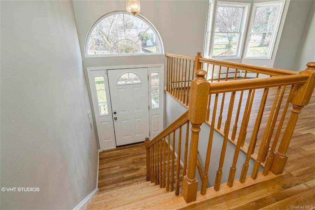 Residential for Sale at 41 N Greenbush Road, Clarkstown, NY 10994 West Nyack, New York 10994 United States