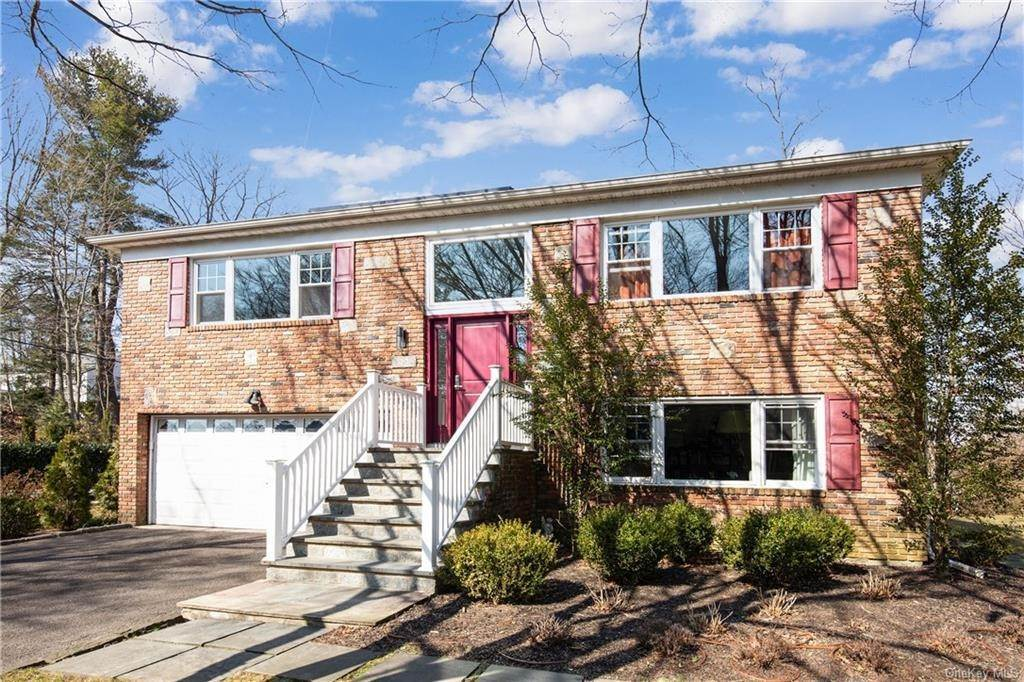 Residential for Sale at 125 Mercer Avenue Hartsdale, New York 10530 United States