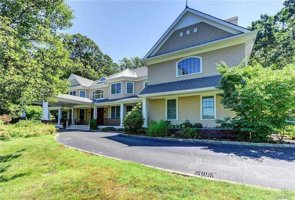 Residential for Sale at 328 Mill Hill Road Mill Neck, New York 11765 United States