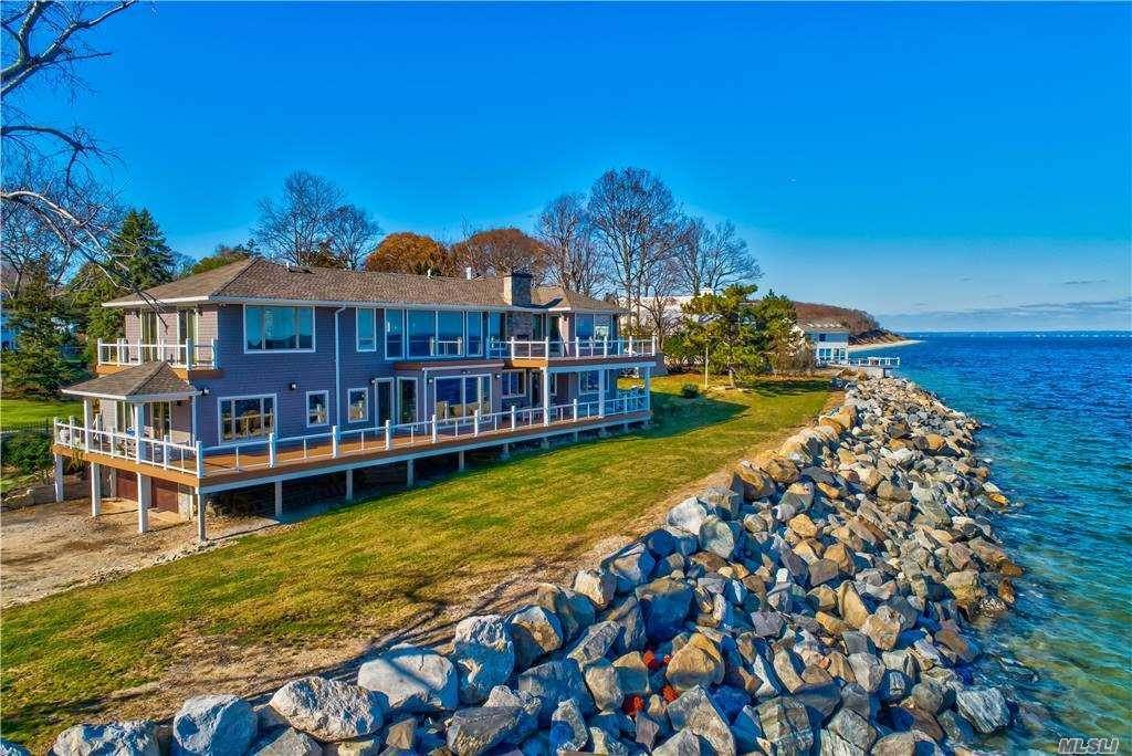 Residential for Sale at 516 Asharoken Avenue Northport, New York 11768 United States