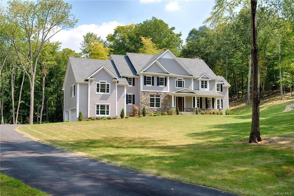 Residential for Sale at 2 Falcon Ridge Drive Drive Goldens Bridge, New York 10526 United States