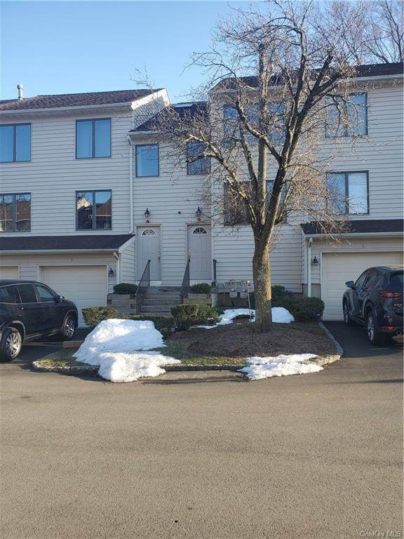 Residential for Sale at 3 L Ambiance Court Bardonia, New York 10954 United States